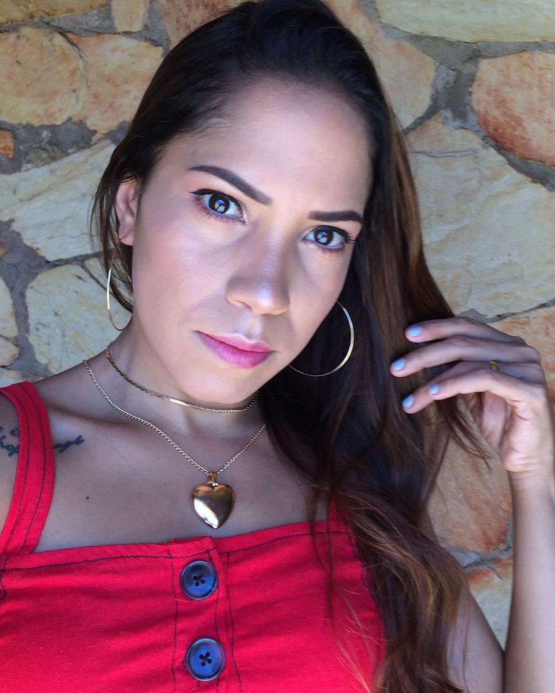 Isley Tatiana